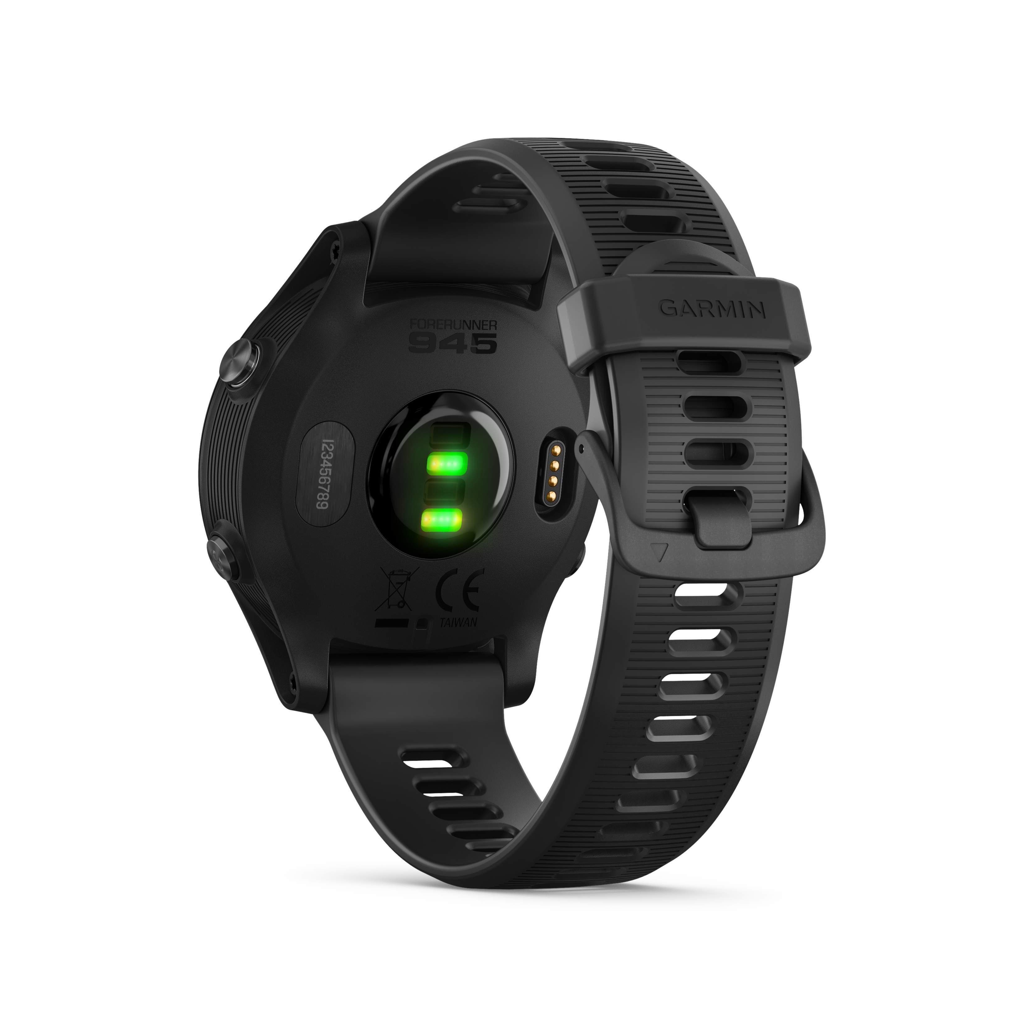 Garmin Forerunner® 945 Schwarz mit Schnellwechsel-Silikon-Armband 22mm Schwarz